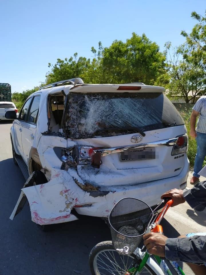 Acidente entre ônibus, caminhão e Hilux deixa dois mortos em Horizonte