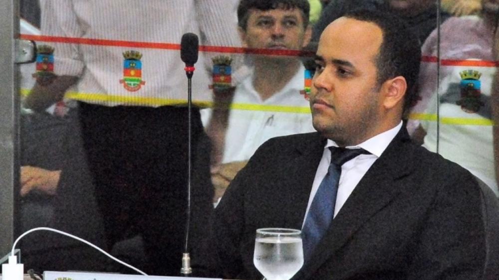 Vereador de Sobral teve o mandado de prisão expedido pela Justiça por estelionato e crimes contra o patrimônio — Foto: Câmara de Sobral