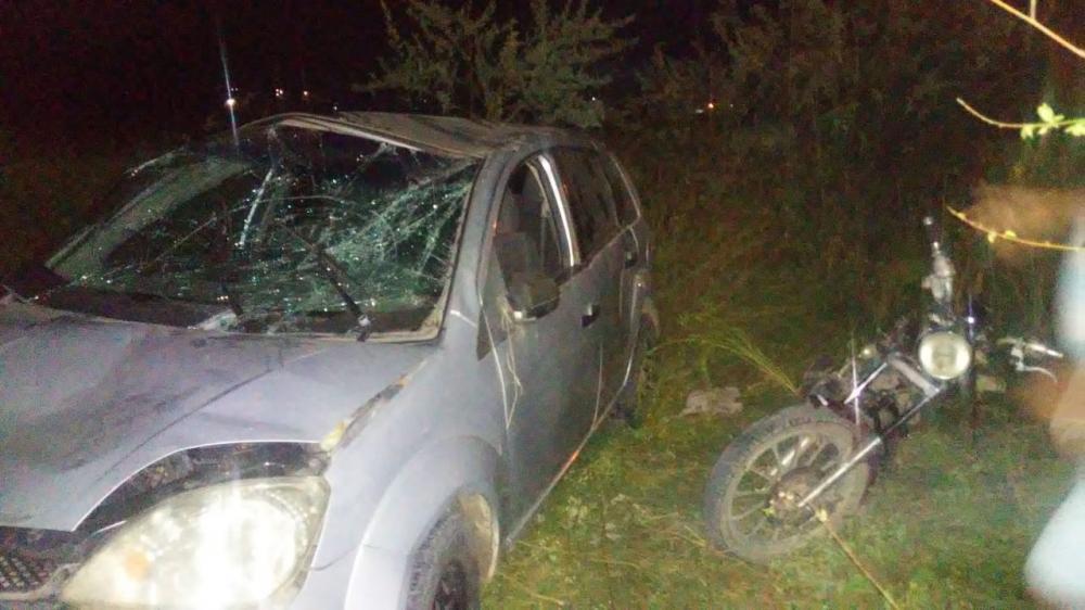 Com o impacto o veículo ficou bastante avariado