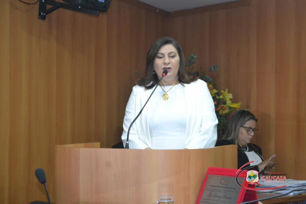 Vereadora Natercia Campos foi afastada da presidência e do mandato(Foto: DIVULGAÇÃO/CÂMARA MUNICIPAL DE CAUCAIA)