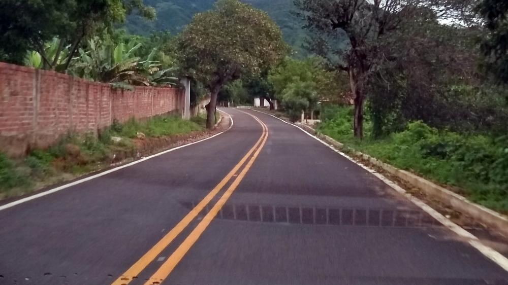 Estrada é cheia de curvas fechadas. Foto: Josimar Nunes