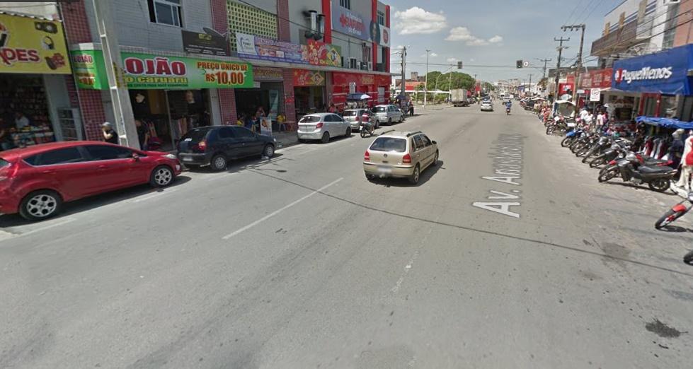 Umas das avenidas mais aquecidas no Centro da cidade.