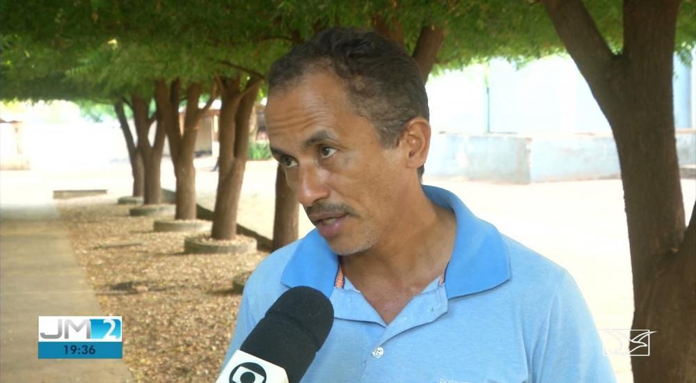 Manoel Gomes se surpreendeu com o sucesso da 'Caneta Azul', mas diz que compõe músicas desde os 15 anos. — Foto: Reprodução/TV Mirante