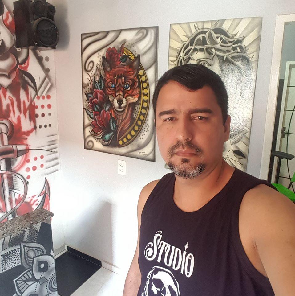 Elizon era tatuador na cidade de Itapajé.
