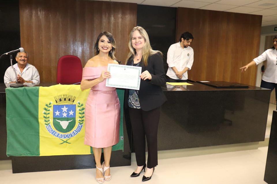 Geraldina Braga é diplomada prefeita de Irauçuba