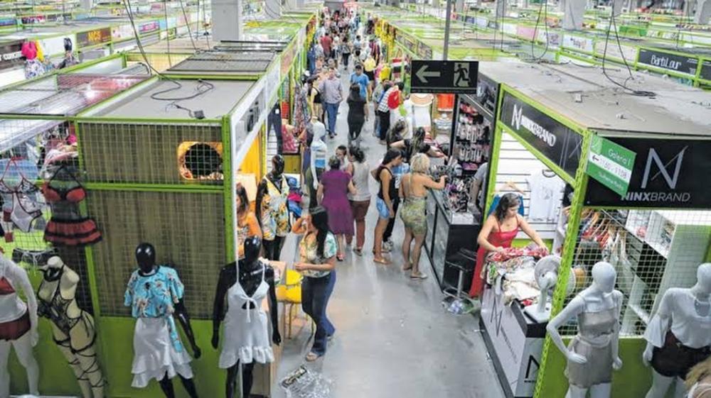 Lojas do Centro Fashion Fortaleza, no Bairro Jacarecanga, abrirão normalmente no dia 15 de novembro. — Foto: Kid Júnior