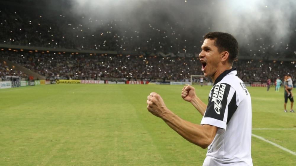 Magnata é o 6º maior artilheiro da história do Ceará com 103 gols.