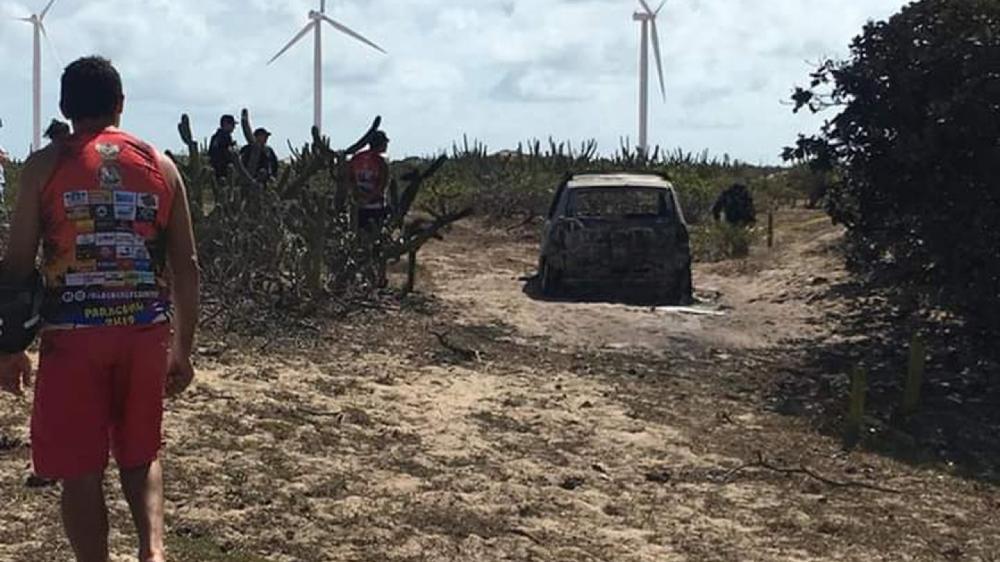 Tio e sobrinha são encontrados carbonizados dentro de veículo em Paracuru