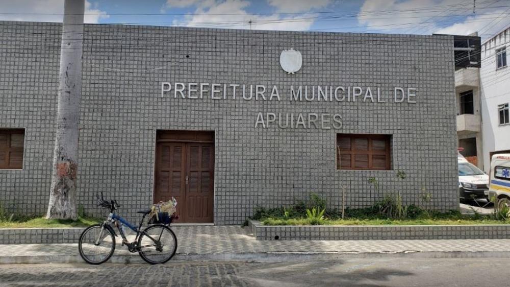 O afastamento do vice-prefeito é por acusações de improbidade administrativa