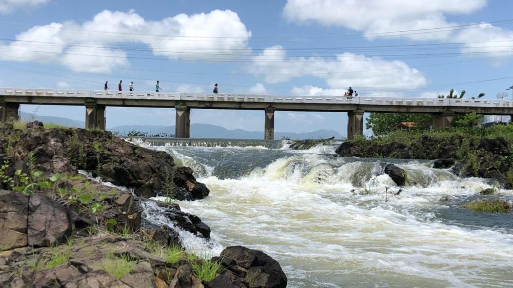 Açude Acaraú Mirim, em Massapé, atingiu 103% da sua capacidade total
