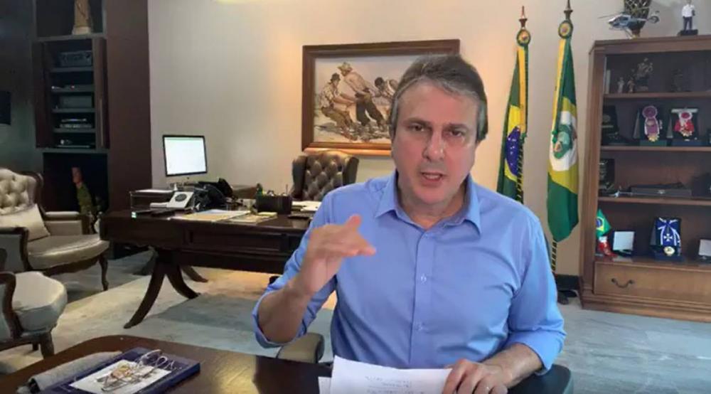 Camilo prorroga decreto e mantém quarentena a serviços não essenciais por mais 1 semana