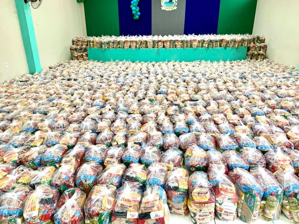 Prefeitura de Umirim inicia distribuição de cestas básicas para famílias carentes