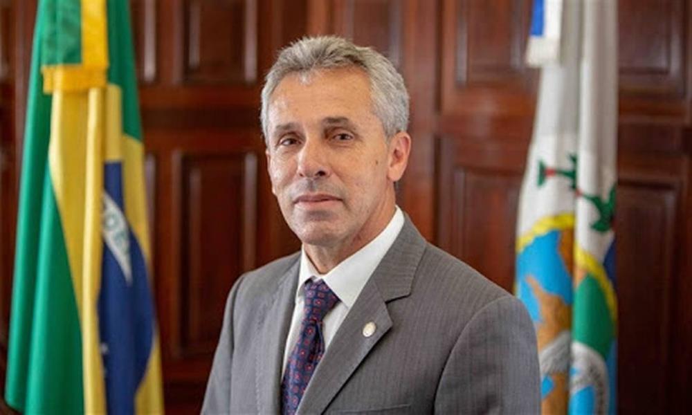 Deputado estadual morre no Rio, vítima de Covid-19