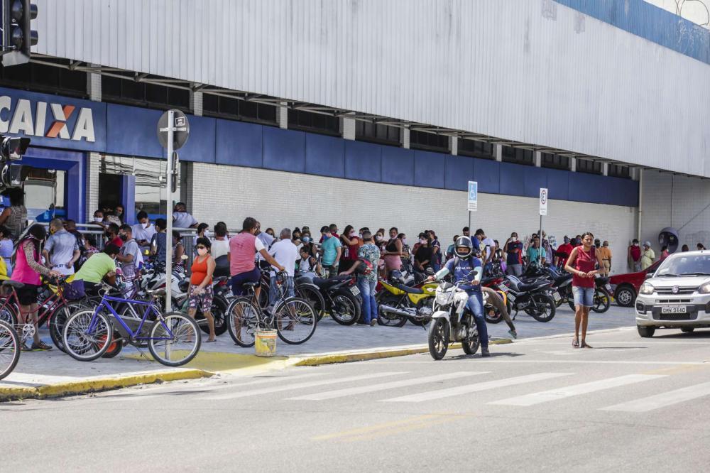 MPCE investiga pedidos de auxílio emergencial por parentes de políticos em Amontada e Pentecoste