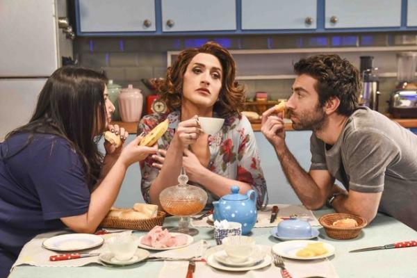 Mariana Xavier, Paulo Gustavo e Rodrigo Pandolfo em cena de 'Minha mãe é uma peça 2' (Foto: Divulgação)