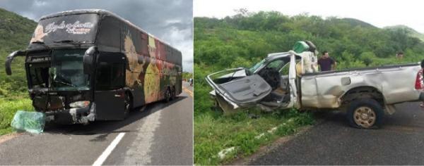 Ônibus da Gaviões do Forró sofre acidente em Boa Viagem no Ceará